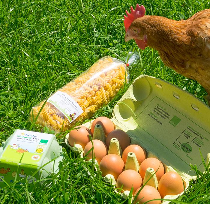 Huhn mit Bioprodukten